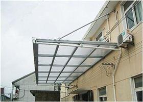 钢结构玻璃雨棚主要是由哪些材料制作的