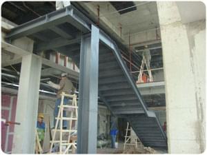 鋼結構樓梯