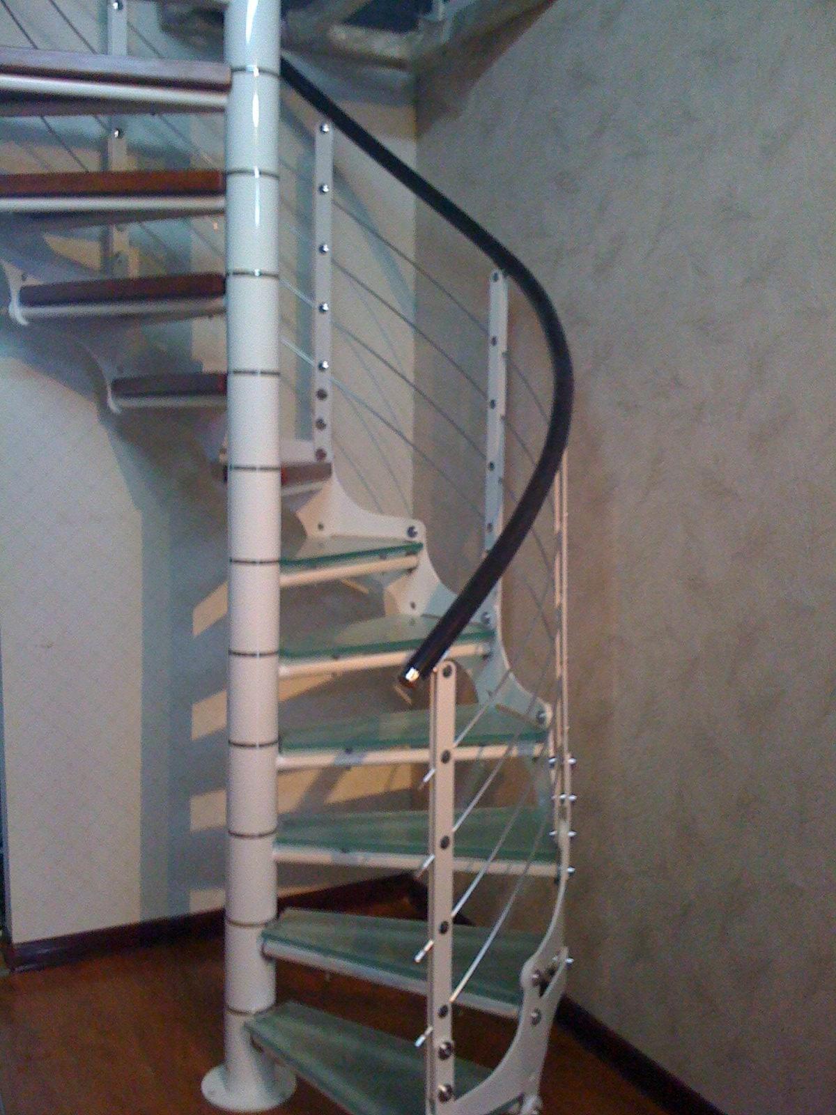 钢结构旋转楼梯采用什么构造原理