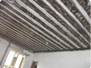 预制板粘贴碳纤维加固