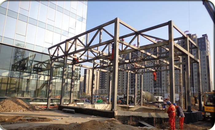 钢结构商场出入口
