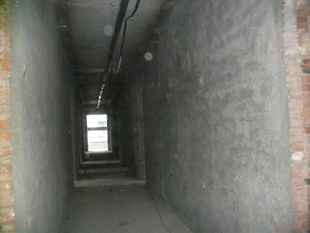 砌体结构柱外包混凝土加固如何施工?