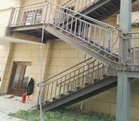 室外鋼結構消防樓梯
