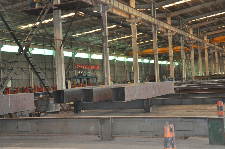 工艺方案是钢结构制作工艺准备工作的主要指导性文件,是编制工艺规程