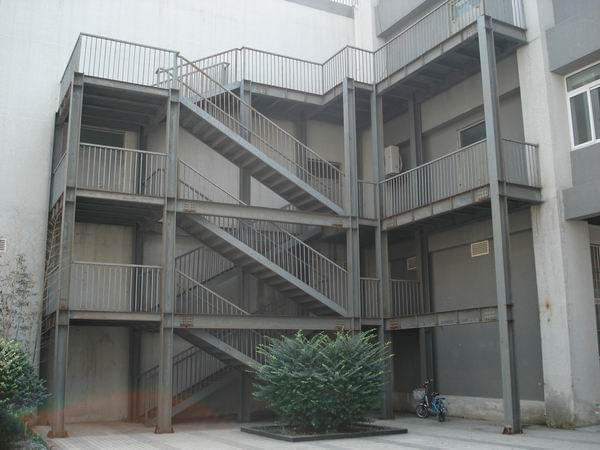 钢结构消防楼梯如何计价,多少钱?